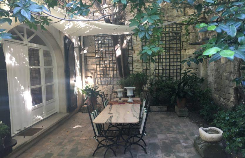 agent immobilier, luxe, Baux de provence, 13990