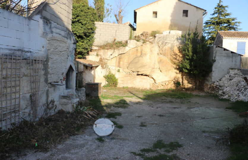 agence-immobiliere-appartement-a-vendre-13990-Maussane